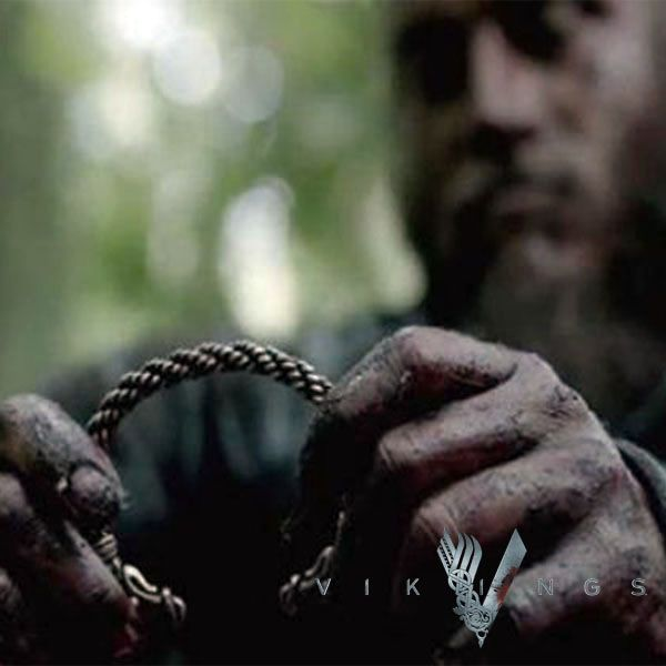 Vikings TV Show Ragnar Lothbrok Arm Ring